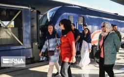 تصاویر قطار گردشگری بینالمللی عقاب طلایی,عکس های توریست های خارجی در ایران,تصاویر قطار توریستی راه ابریشم