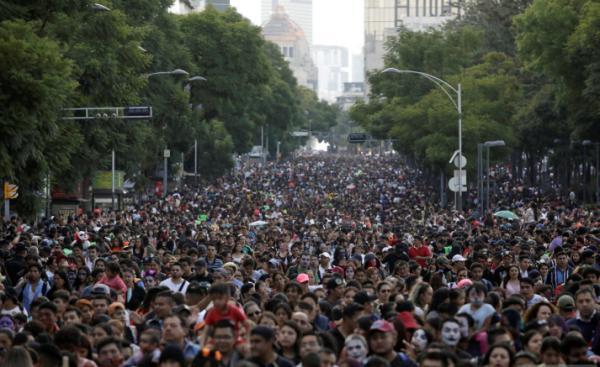 جشنواره زامبیها در خیابانهای مکزیک,اخبار جالب,خبرهای جالب,خواندنی ها و دیدنی ها
