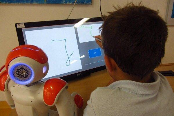 رباتی برای افزایش مهارت های نوشتاری کودکان,اخبار علمی,خبرهای علمی,اختراعات و پژوهش