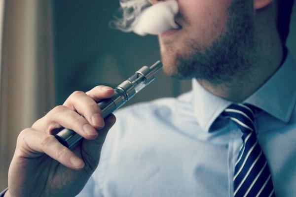 سیگار الکترونیکی,اخبار پزشکی,خبرهای پزشکی,تازه های پزشکی