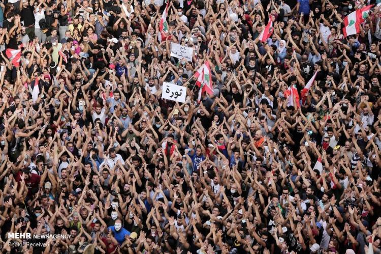تصاویر تظاهرات در لبنان,عکس های تظاهرات مردمی در لبنان,عکس های اعتراضات در لبنان