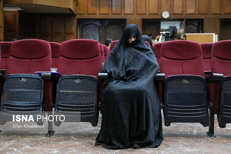 تصاویر دادگاه شبنم نعمتزاده,عکس های دادگاه های قضایی,تصاویر چهارمین جلسه پرونده شبنم نعمتزاده