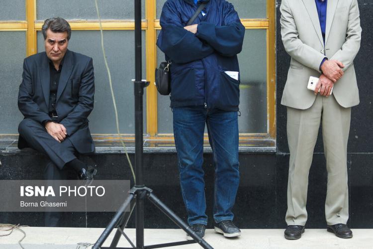 تصاویر مراسم تشییع پیکر حسین دهلوی,عکس های تشییع پیکر حسین دهلوی,تصاویر هنرمندان در مراسم تشییع پیکر حسین دهلوی
