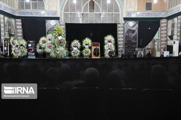 تصاویر مراسم تشییع و ختم مادر سعید نمکی,عکس های مراسم تشییع و ختم مادر سعید نمکی,تصاویر مراسم تشییع مادر وزیر بهداشت در کاشان
