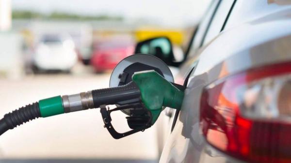 کاهش یارانه بنزین و سه اشتباه تکراری/ افسوس که ما از تاریخ درس نمی آموزیم