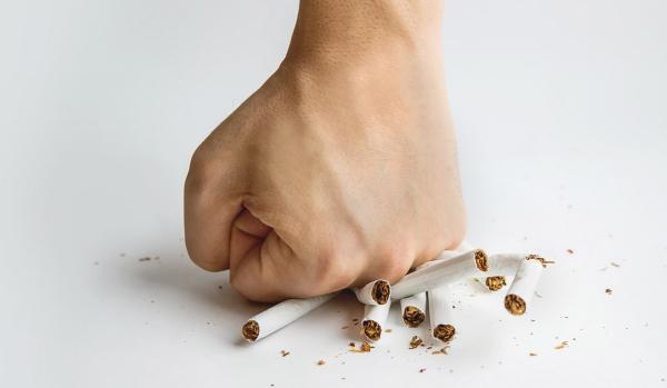 عوارض سیگار کشیدن,اخبار پزشکی,خبرهای پزشکی,تازه های پزشکی