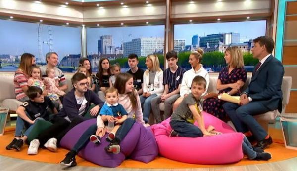 پرجمعیتترین خانواده انگلیسی,اخبار جالب,خبرهای جالب,خواندنی ها و دیدنی ها