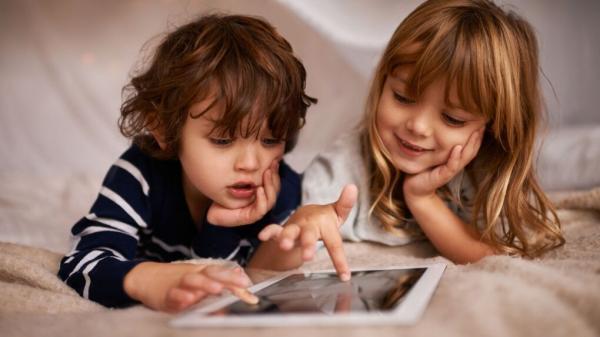 استفاده بیش از حد از وسایل الکترونیک توسط کودکان,اخبار پزشکی,خبرهای پزشکی,تازه های پزشکی