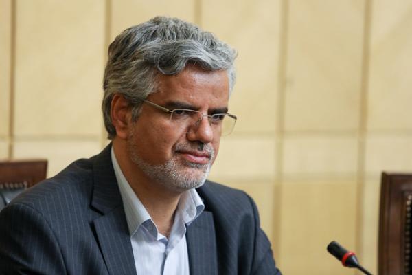 محمود صادقی متهم به فعالیت تبلیغی علیه نظام شد/ شکایت معاون دادستانی از نماینده تهران