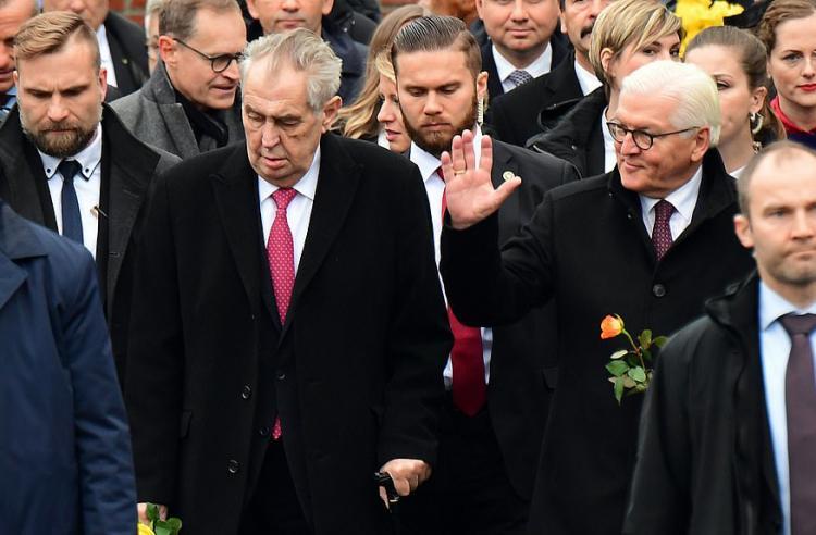 تصاویر آنگلا مرکل در یادبود سالگرد فروپاشی دیوار برلین,عکس های یادبود سالگرد فروپاشی دیوار برلین؛تصاویر سیاسون در یادبود سالگرد فروپاشی دیوار برلین
