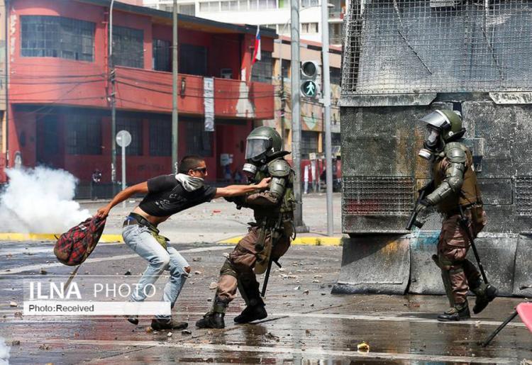 تصاویر اعتراضات و شورش در شیلی,عکس های تظاهرات مردمی در شیلی,تصاویری از اعتراضات در شیلی