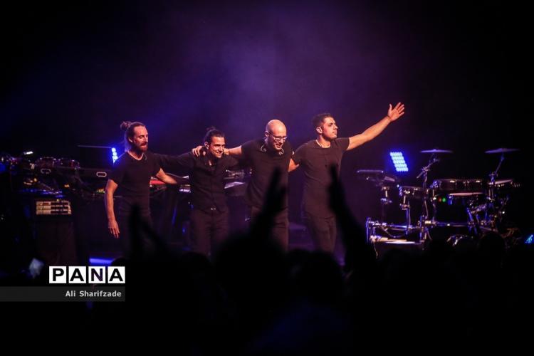 تصاویر کنسرت شیلر در تهران,عکس های کنسرت شیلر در ایران,تصاویری از کنسرت شیلر در تالا بزرگ وزارت کشور
