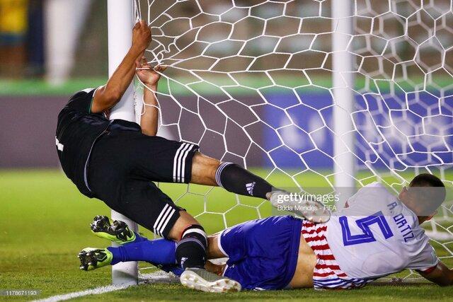 تصاویر رقابت های فوتبال زیر ۱۷ سال برزیل,عکس های رقابت های فوتبال در برزیل,تصاویر دیدار تیم آرژانتین و تاجیکستان