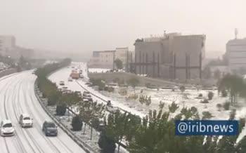 ویدئو / نخستین برف پاییزی تهران