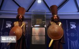 تصاویر نقش برجسته سرباز هخامنشی تخت جمشید,عکس های نقش سرباز هخامنشی در برج میلاد,تصاویر رونمایی از نقش برجسته سرباز هخامنشی