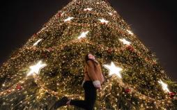 تصاویر درختان کریسمس خیره کننده در سراسر جهان,عکس های درختان کریسمس,عکس درخت های کریسمس در جهان