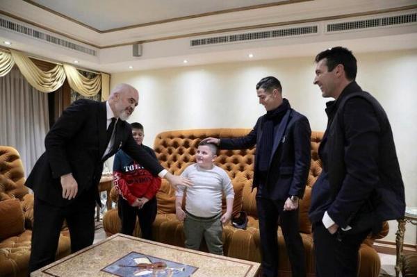 کودکان زلزله زده آلبانیایی,اخبار فوتبال,خبرهای فوتبال,اخبار فوتبالیست ها