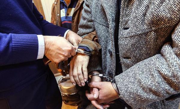 شهردار آذرشهر به اتهام تبانی و کلاهبرداری دستگیر شد