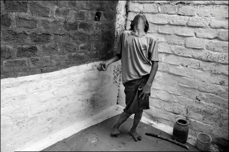 تصاویر بازماندگان فاجعه نشت گاز در هند,عکس های بازماندگان فاجعه نشت گاز در هند,تصاویر فاجعه بوپال در هند