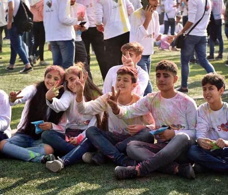 تصاویر دختران و پسران سوری در جشن رنگ,عکس های ماراتن ورزشی در سوریه,تصاویر جشن رنگ در دمشق