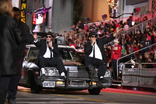 تصاویر رژه سالانه کریسمس هالیوود در آمریکا,عکس های رژه سالانه کریسمس هالیوود در آمریکا,تصاویری از کریسمس در آمریکا