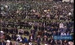 فیلم/ شعار نمازگزاران تهرانی در نماز جمعه : تورم گرانی جواب بده روحانی!