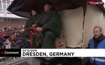 فیلم/ کیک ۴ تنی آلمانیها برای سال نو