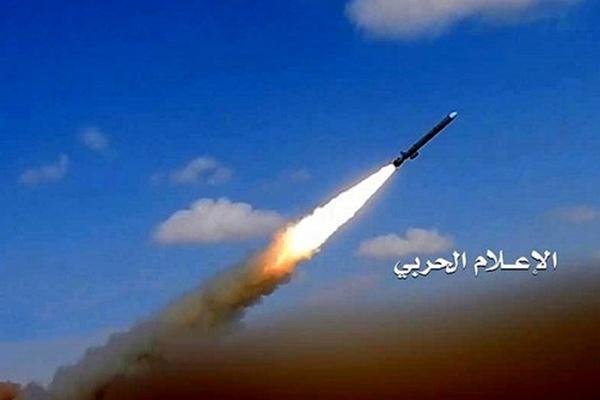 هیچ یک از نیروهای فرانسوی در اثر حمله موشکی آسیب ندیدهاند/لغو پروازهای فرانسه به ایران و عراق