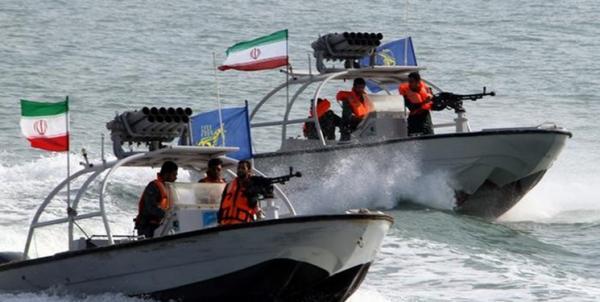 توقیف قایق های صیادی غیر مجاز کویتی,اخبار سیاسی,خبرهای سیاسی,دفاع و امنیت
