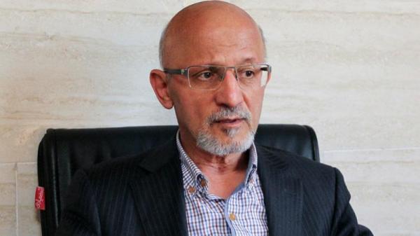 غلامرضا حیدری: رئیس جمهور زودتر خودش را عوض کند/ روحانی به شعارهایش وفادار نماند