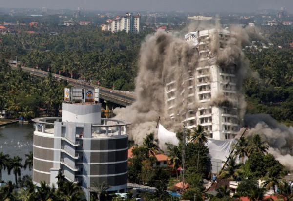 تخریب آپارتمان لوکس در هند,اخبار جالب,خبرهای جالب,خواندنی ها و دیدنی ها