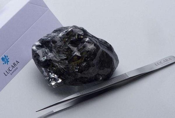 دومین الماس بزرگ دنیا,اخبار جالب,خبرهای جالب,خواندنی ها و دیدنی ها