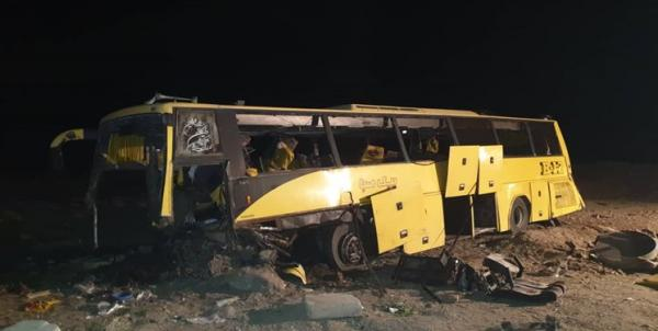 برخورد اتوبوس مسافربری با گاردریل در زاهدان/ 21 کشته و مصدوم