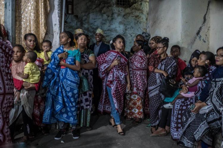 تصاویر عروسی در جزیره آفریقایی کومور,عکس های آداب و رسوم درجزیره آفریقایی کومور,تصاویر عروسی ها عجیب و غریب