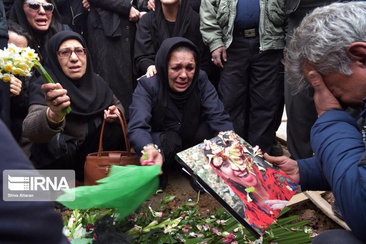 تصاویر مراسم تشییع پیکر غنیمت اژدری,عکس های مراسم خاکسپاری غنیمت اژدری,تصاویر جانباختگان سانحه هوایی