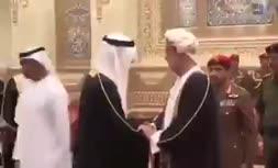 تصویری پرحاشیه از دیدار ولیعهد ابوظبی و پادشاه جدید عمان