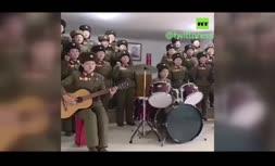 ویدئو/ خواندن و گریه کردن گروه ارکستر سمفونی سربازان زن برای رهبر کره شمالی