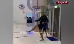 فیلم/ ملاقات و فوتبال بازی کردن رونالدو با پسربچه دارای معلولیت جسمی