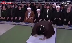 فیلم/ زودتر خارج شدن حسن روحانی از نماز جمعه