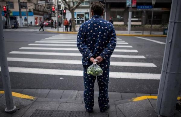 شناسایی اشخاصی که با لباس خانه بیرون میروند توسط هوش مصنوعی در چین