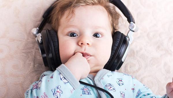 موسیقی چه تاثیری بر هوش جنین میگذارد؟