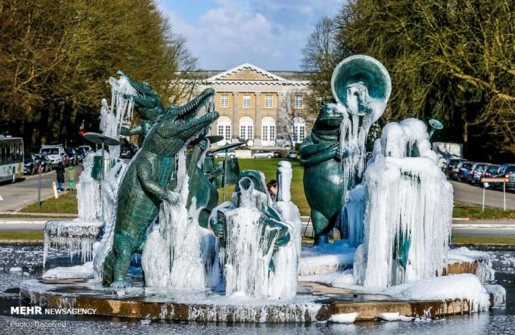 تصاویر زمستانی از کشورهای مختلف,عکس های زمستانی از کشورهای مختلف,تصاویر برف و یخبندان در نقاط مختلف جهان