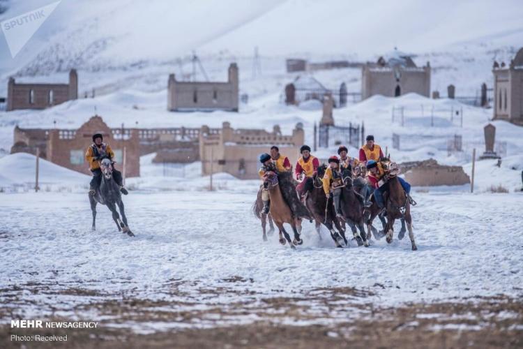 تصاویر مسابقات بزکشی در قرقیزستان,عکس های مسابقات بزکشی در قرقیزستان,تصاویر مسابقه آلاماناولاک