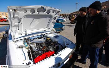 تصاویر همایش خودروهای تاریخی در اصفهان,عکس های نمایشگاه خودرو در اصفهان,تصاویر خودروهای تاریخی در اصفهان