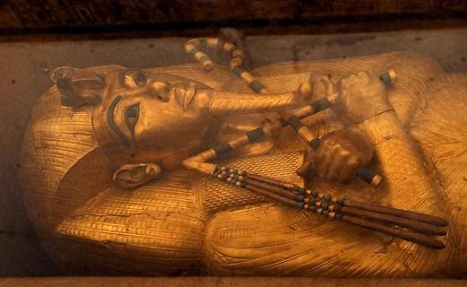 مقبره مخفی مشهورترین ملکه مصری کشف شد
