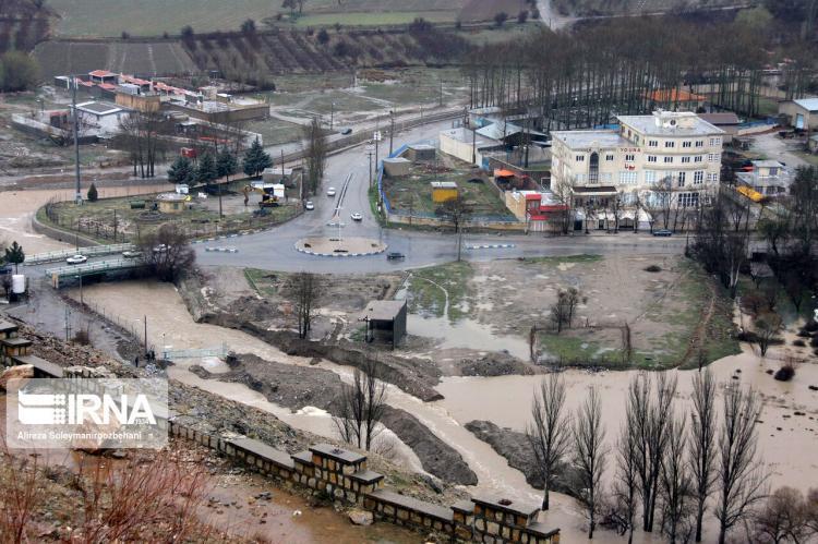 تصاویر طغیان رودخانه گلرود در بروجرد,عکس های طغیان رودخانه گلرود در بروجرد,تصاویر بارش شدید باران در بروجرد