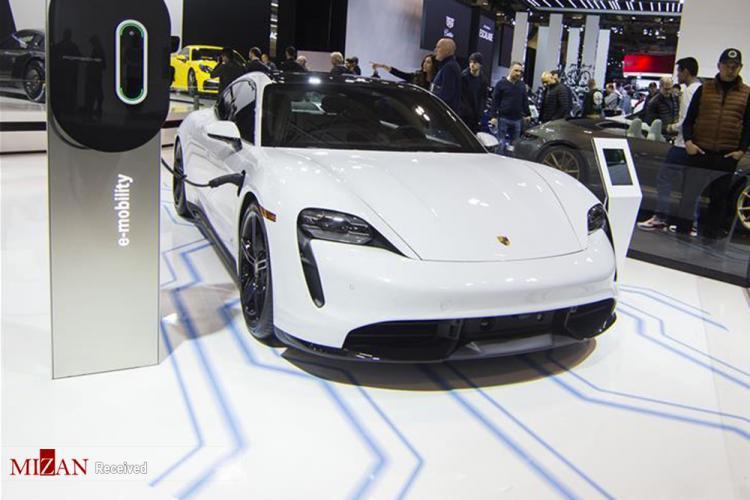 تصاویر نمایشگاه اتومبیل در کانادا,عکس های نمایشگاه اتومبیل در کانادا,تصاویر جدیدترین خودروها در نمایشگاه خودرو کانادا