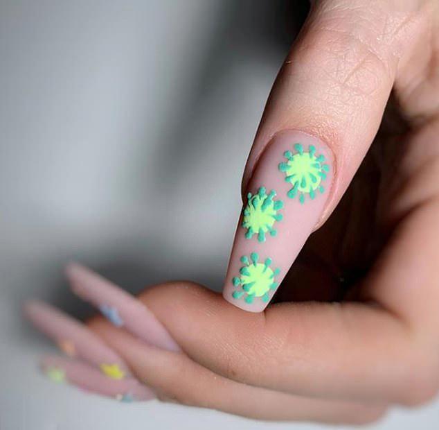 تصاویر آرایش ناخن با الهام گرفتن از کرونا,عکس های آرایش ناخن با الهام گرفتن از کرونا,تصاویر مانیکور کردن ناخن