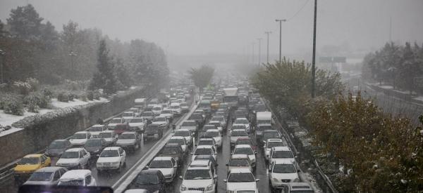 بی توجهی به کرونا همچنان ادامه دارد/ ترافیک سنگین در ۵ محور خروجی تهران