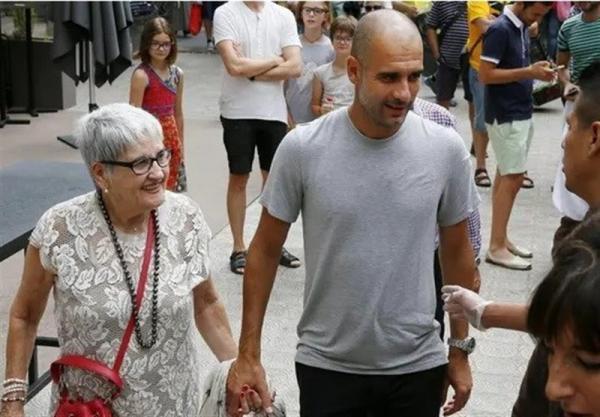 فوت مادر گواردیولا به دلیل کرونا,اخبار فوتبال,خبرهای فوتبال,اخبار فوتبالیست ها